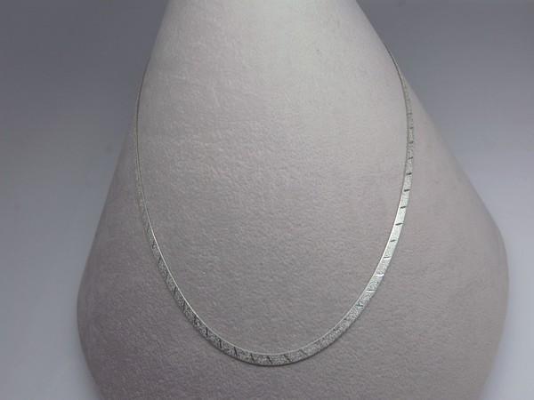 Řetízek 45cm plochý - stříbro Řetízek 45cm plochý pískovaný