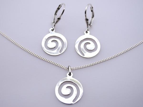Stříbrný komplet - naušnice , přívěsek, řetízek spirála