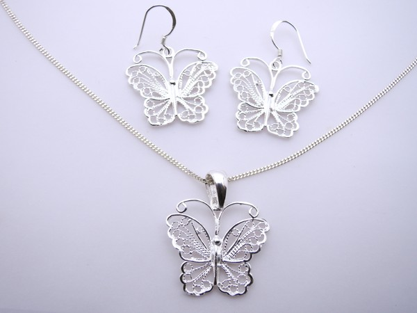 Stříbrný komplet - naušnice , přívěsek, řetízek - motýl set motýlek-filigrán