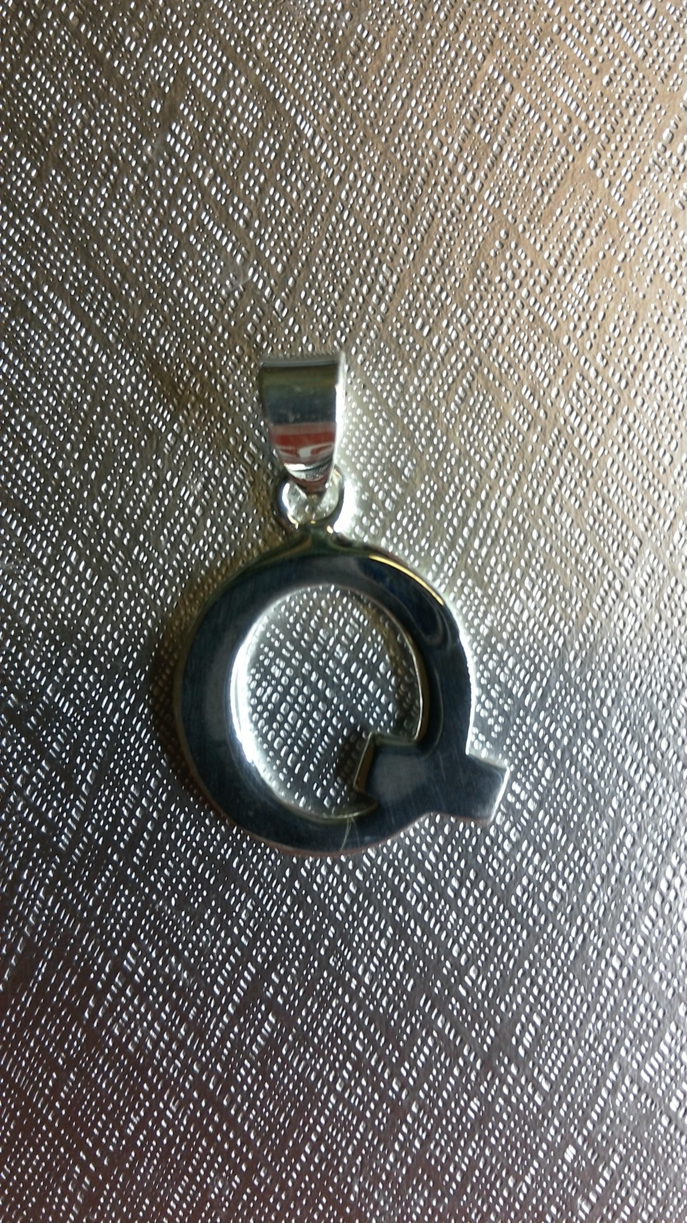 Ag/925 stříbrná písmena - písmenko Q písmeno Q